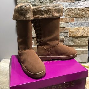New in box Rampage faux fur lined boots